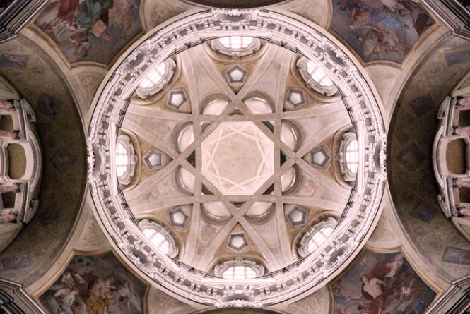 """Guarino Guarini e la """"Chiave della cupola di San Lorenzo a Torino"""".La complessità nascosta."""